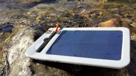 Solar_Battery_Charger_Yu_Portable