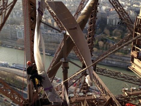 Torre Eiffel eolico